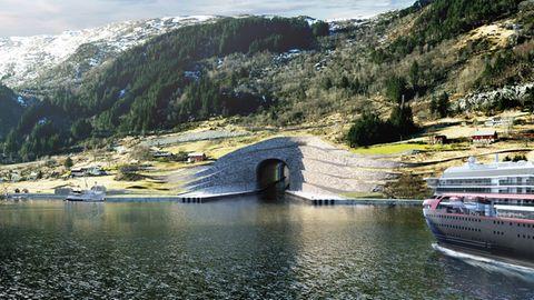 Auf dem Computerbild fährt noch ein Schiff derHurtigruten durch den Tunnel.