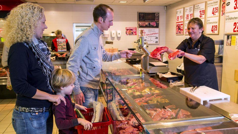 Eine Kundin beleidigte die Fachverkäuferin an der Fleischtheke (Symbolbild)