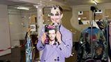 """Hätten Sie ihn erkannt? Joko Winterscheidt hat inzwischen auch sein eigenes Magazin: """"JWD"""". Es wird vom Verlag Gruner + Jahr produziert, in dem auch der stern erscheint. Für die neue Ausgabe posierte der 40-Jährige als Joker."""