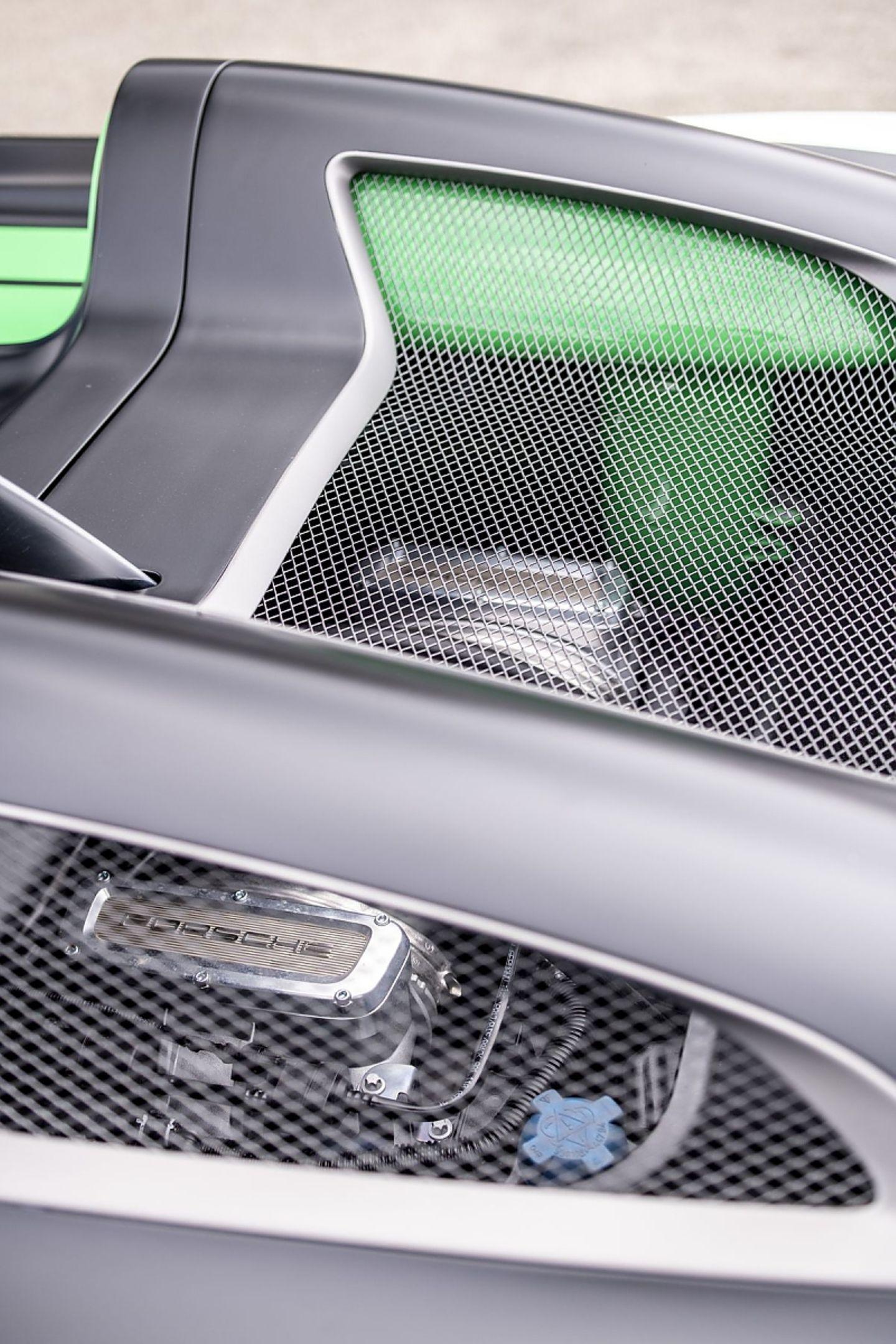 Der 289 kW / 393 PS starke Sechszylinder Boxer stammt aus dem Cayman GT4.