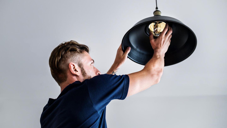 Wir zeigen dir, wie du eine Lampe selber bauen kannst