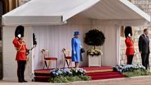 Queen wartet auf Donald Trump