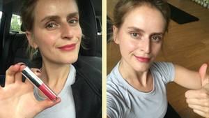 Frau mit Lippenstift
