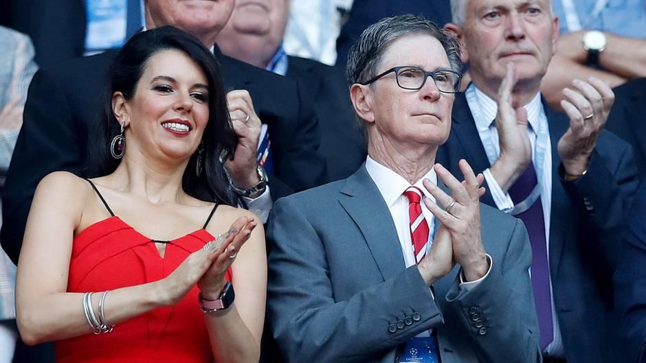John Henry, Eigentümer des FC Liverpool, mit seinerFrau Linda Pizzuti