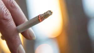 Studie: Deutsche kaufen weniger Zigaretten, aber mehr Tabak