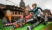 Merkel AKK und die GroKo im Mainzer Rosenmontagszug