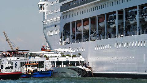 Das Kreuzfahrtschiff MSC Opera rammte in Venedig ein Flusskreuzfahrtschiff