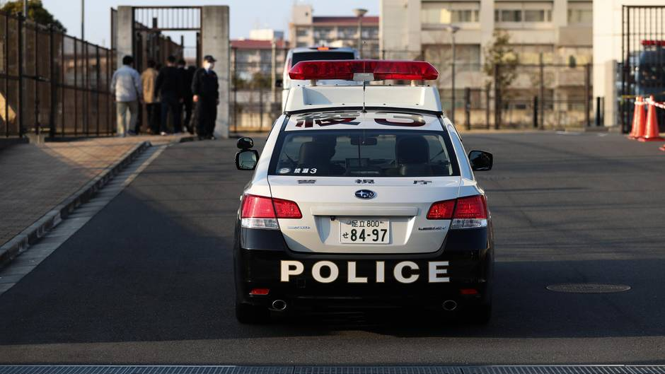 Ein Polizeiauto in Japan