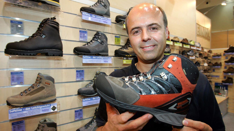 Lukas Meindl ist ein Hersteller von Schuhen, besonders für Wander- und Bergstiefel. Das 1683 gegründete Unternehmen war fortwährend in Familienbesitz und wird inzwischen von den BrüdernLars und Lukas (siehe Bild) Meindl geführt.