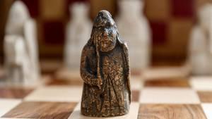 Eine Schachfigur aus dem Mittelalter