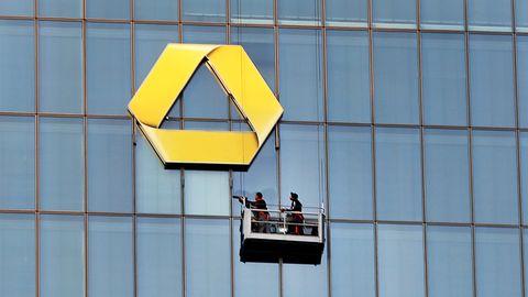 Banking: Die Commerzbank kämpfte in der Nacht vom Sonntag in den Montag mit IT-Problemen