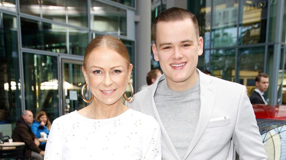 Jenny Elvers und Paul