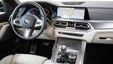 Der Innenraum unterscheidet sich nicht sonderlich von den anderen BMW X5-Modellen