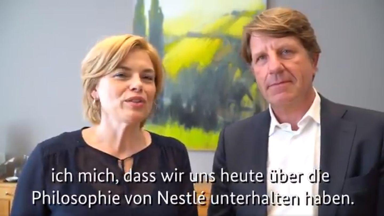 Ernährungsministerin Julia Klöckner und Nestlés Deutschlandchef Marc-Aurel Boersch