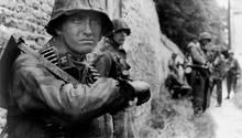 Abgekämpfte Grenadiere der SS.