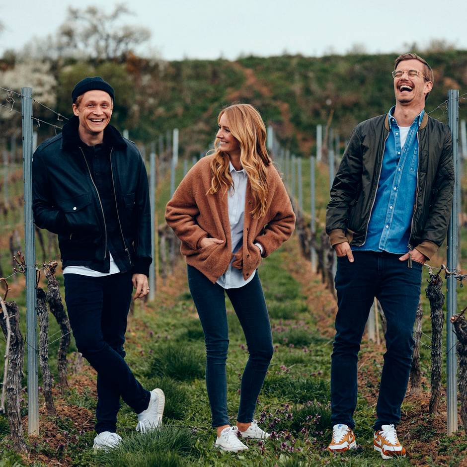 Weingut von Juliane Eller: Joko und Matthias Schweighöfer machen Wein - und lassen sich zum Glück dabei helfen