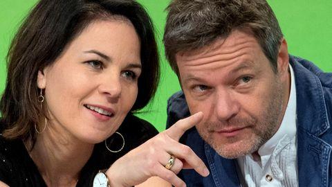 Die Parteisprecher der Grünen, Annalena Baerbock und Robert Habeck, erleben einen Umfrage-Höhenflug