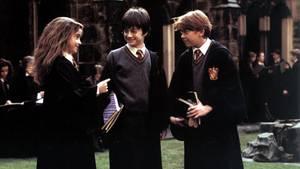 """Die """"Harry Potter""""-Bücher sind absolute Klassiker und immer lesenswert (Symbolbild)"""