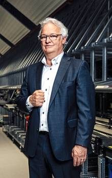 Light switch assembly at Gira: CEO Dirk Giersiepen has invested millions in a new high-bay warehouse