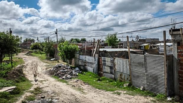 Das Elendsviertel Cuartel V am Rande der Metropole Buenos Aires, kontrolliert von Narcos aus Paraguay.