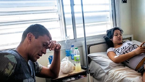 Belén, nach einer Vergewaltigung schwanger, wartet im Krankenhaus auf die Abtreibung