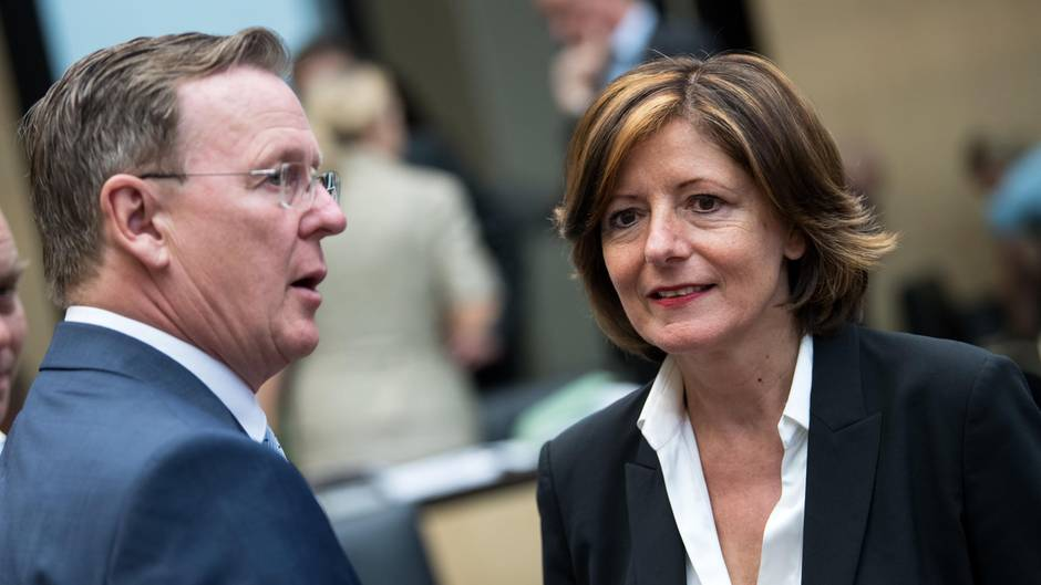 Bodo Ramelow (Die Linke), Ministerpräsident von Thüringen, und Malu Dreyer (SPD), kommissarische Co-Parteichefin und Ministerpräsidenten von Rheinland-Pfalz