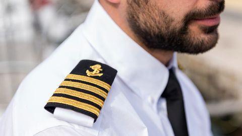 Der Kapitän zählt an Bord zu den Großverdienern