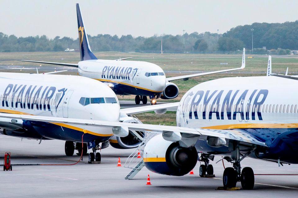 Ryanair profitiert vom schnellen Wachstum in den vergangenen Jahren:475 Flugzeuge umfasst die Flotte des Billigfliegers. Die Iren haben weitere 210 Jets bestellt.