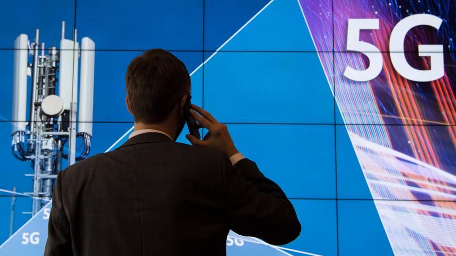 Mit Drillisch steigt demnächst ein vierter deutscher Netzbetreiber groß ins 5G-Mobilfunkgeschäft ein.