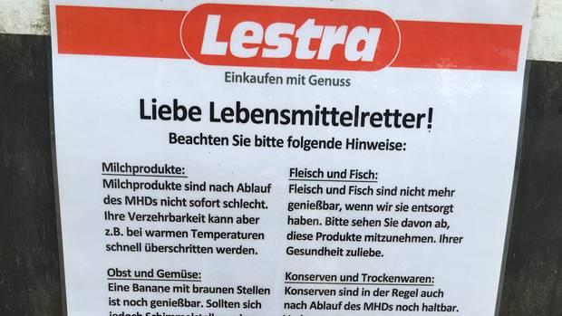 Diese Infoblätter hat das Kaufhaus in Bremen ausgehangen