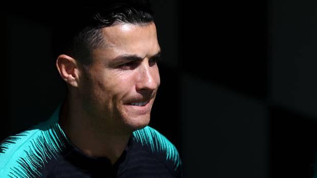 Cristiano Ronaldo ist mit dem Vorwurf der Vergewaltigung konfrontiert