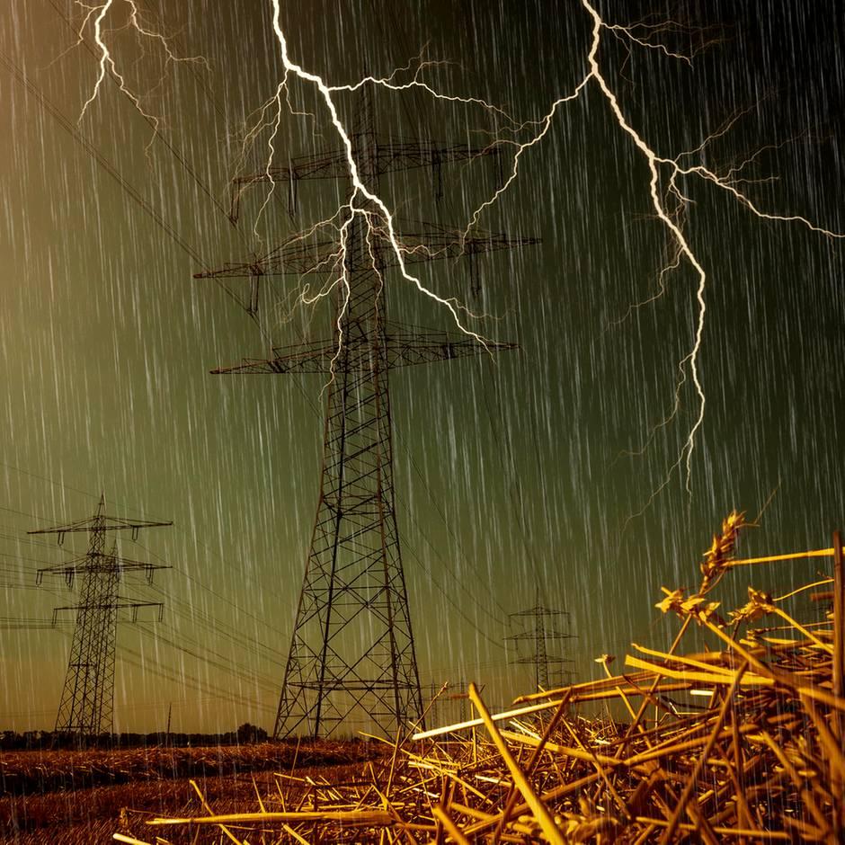 Fragen und Antworten: Starkregen und Dürre-Sommer: Hat der Klimawandel Auswirkungen auf unser Wetter?