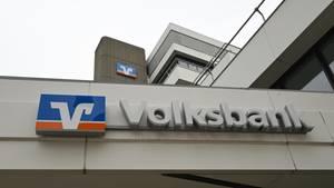 Nach vermehrten Betrugsfällen im Online-Banking sperrt die Volksbank Freiburg Überweisungen an Direktbanken wie N26 oder Fidor vorläufig (Symbolbild)