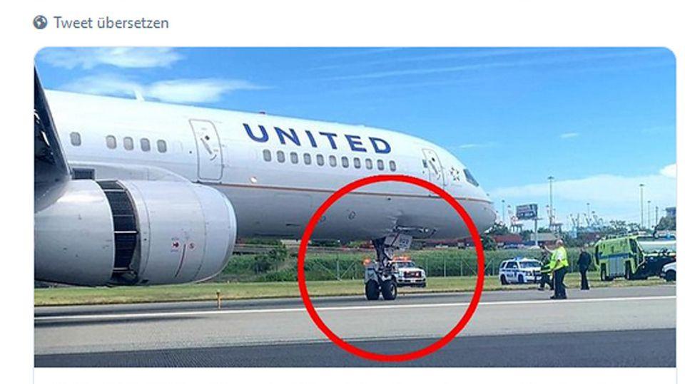 Die Boeing 757-200 von United Airlines am Newark Airport in New Jersey
