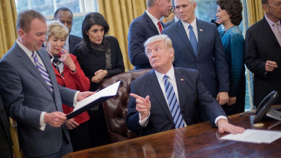 US-Präsident Donald Trump und Stabschef Mick Mulvaney