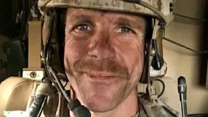 In den USA muss sich der Soldat der US-Spezialeinheit Navy SealsEdward Gallaghervor Gericht verantworten