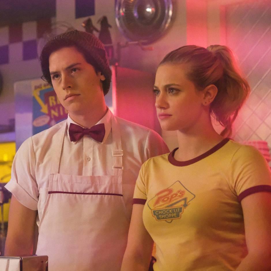 """Serien wie """"Riverdale"""": Intrigen, Skandale und Teenies – diese sieben Serien gefallen """"Riverdale""""-Fans garantiert"""
