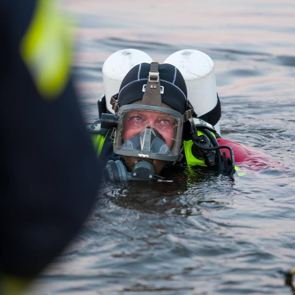 Nachrichten aus Deutschland: Tödlicher Badeunfall: Schwimmer ruft noch um Hilfe, dann geht er plötzlich unter
