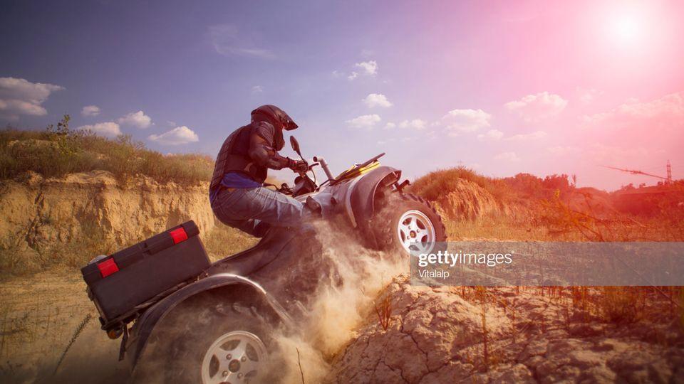 Thema Risiko:So ein Quad darf man mit dem Pkw-Führerschein fahren.