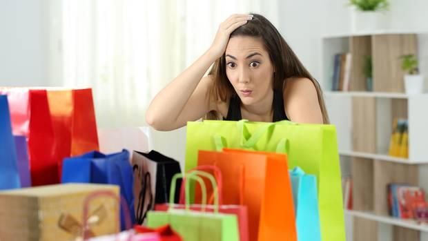 Mal wieder zu viel Geld ausgegeben und das schlechte Gewissen setzt ein? Das kennen die meisten.