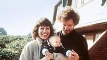 Gestellte Idylle – Elsner und Dieter Wedel mit Dominik, 1981.Die Beziehung hielt nicht lange