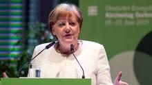 Bundeskanzlerin Angela Merkel (CDU) spricht auf dem 37. Deutschen Evangelischen Kirchentag.