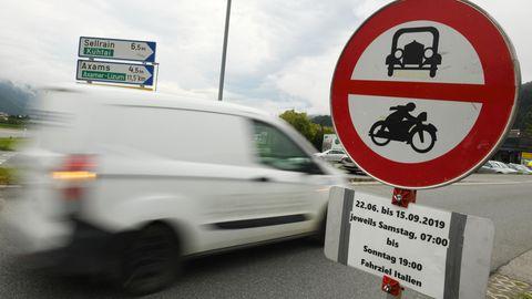 Bundesstraßen entlang der Inntal- und Brennerautobahn für den Umgehungsverkehr gesperrt