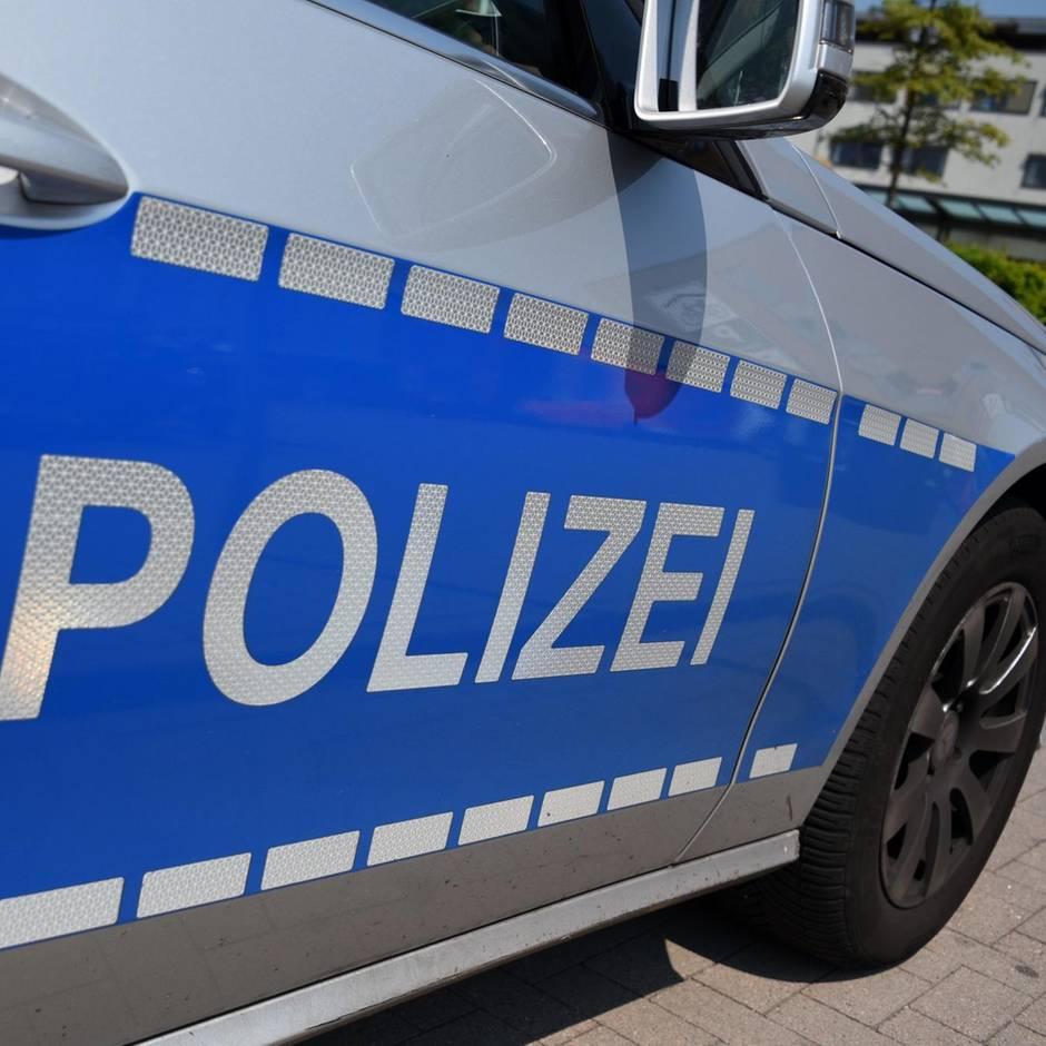 News von heute: Kölner Rentnerehepaar lockt falsche Polizisten in die Falle