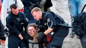 """""""Pfefferspray und Prügelattacken"""" – Aktivsten beklagen Polizeigewalt bei Räumung in Garzweiler"""
