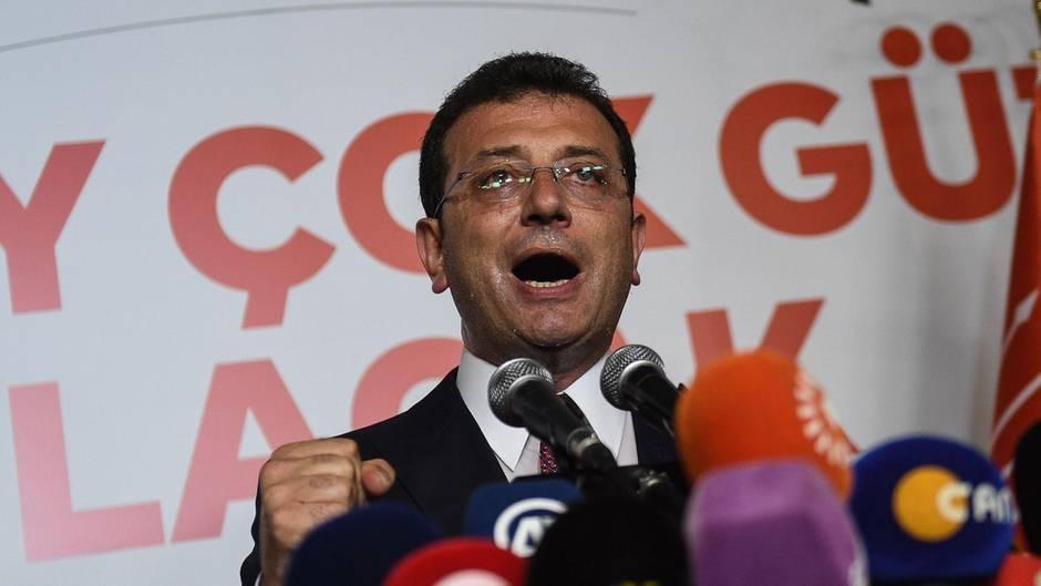 Ekrem Imamoglu hat dieBürgersmeisterwahl in Istanbul deutlich gewonnen