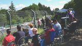 Direkt an der Rennstrecke mit Blick auf den Schwalbenschwanz hatten die Camper einen Logenplatz.