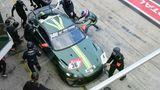 Während des Rennens: Fahrerwechsel vor Box Nr. 29 in der Pit Lane. Aston Martin Vantage AMR GT4 Nr. 36.