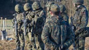 """""""Gas, Wasser, Schießen"""": Ein eher geschmackloser Werbeslogan der Bundeswehr?"""