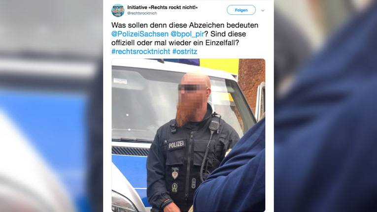 """Die """"Initiative 'Rechts rockt nicht'"""" postete das Foto auf Twitter"""